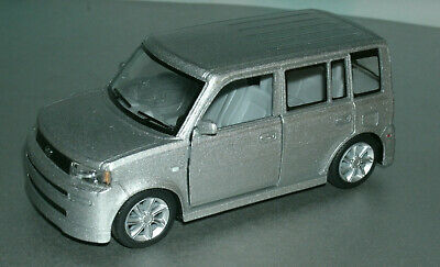 1/32 Scale 2004 Scion xB / Toyota bB (XP-30) Diecast Model Car - Kinsmart Silver