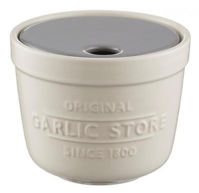 Mason Cash Innovative Kitchen Stoneware Garlic Storage Pot and Grater Lid