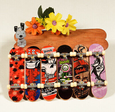 1Pcs/Lot Random Mini Plastic Tech Deck Skate Finger Board Skateboards Toys #6 segunda mano  Embacar hacia Argentina