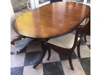 Extendable mahogany table x6 chairs