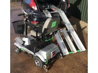 2015 Quingo Flyte full size mobility scooter system complete with docking station