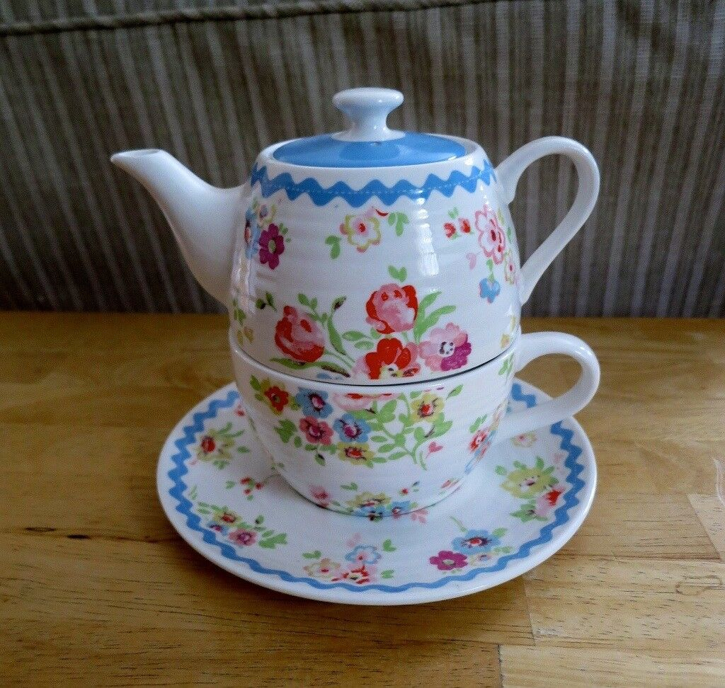 CATH KIDSTON CUP/ TEA POT COMBINATION