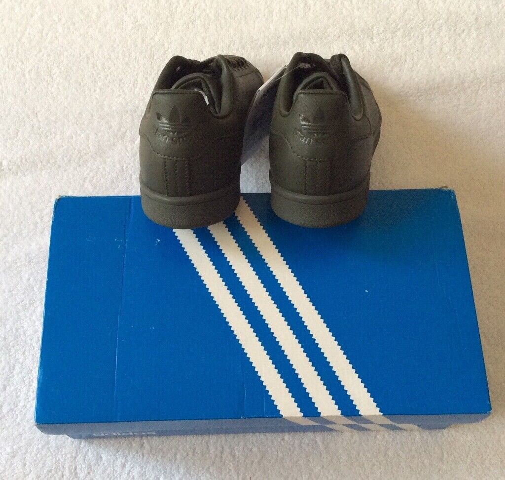 BNWT Mens Adidas Stan Smith Size 9 | in Dundee | Gumtree