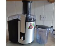 PHILIPS WHOLE FRUIT JUICER WITH JUICE JUG AND JASON VALE BOOK