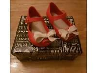 Girls mini Melissa shoes size 4