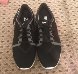 Ladies Nike size 5 trainers brand new