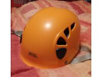 Petzl Elios Climbing helmet - Great condition, no marks or scratches.