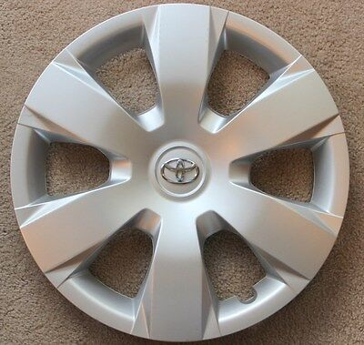 """New Genuine Toyota Camry 07 08 09 10 11 hubcap wheel cover 16"""" with blemishes"""