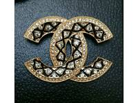 Absolutely Stunning! Large Gold & Enamel Chanel Brooch Brand New & Boxed