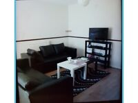 Spacious 3 Bedroom House to Let-Canning Town £1550PCM