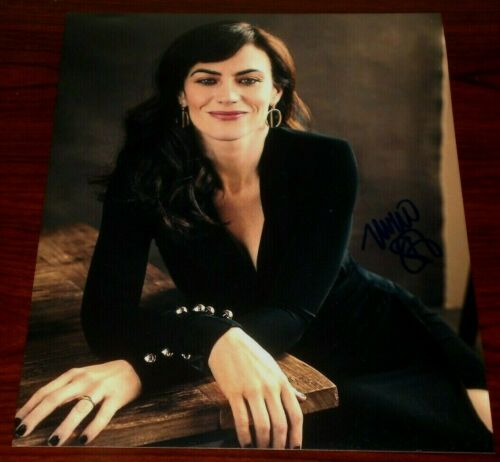 MAGGIE SIFF SIGNED BILLIONS SMILING BEAUTY 8X10 PHOTO AUTO COA SONS OF ANARCHY