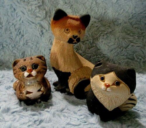 Uruguay Stone Carved Siamese Kitty Cat - and 2 Bonus Kitties  VGC