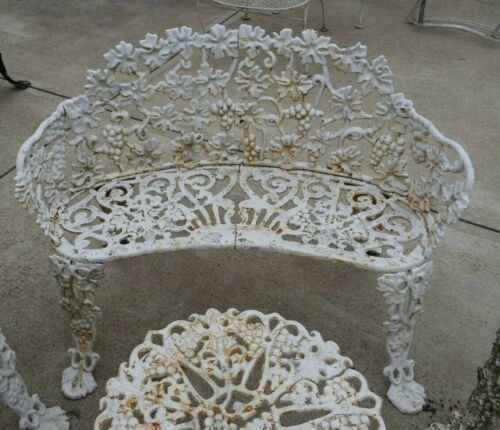 VINTAGE ! Ornate Cast Iron Grape Leaf Vine Pattern 2 Person Garden Yard  Bench