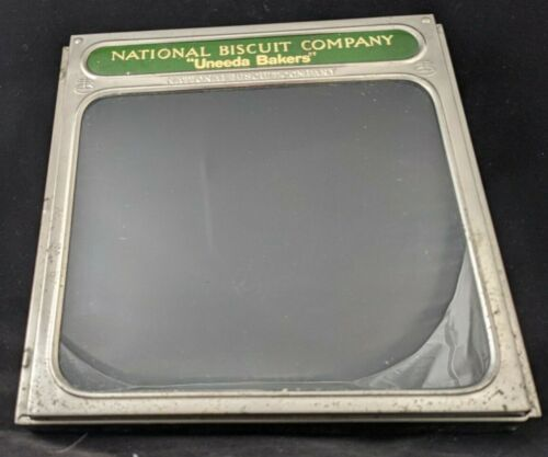 NATIONAL BISCUIT COMPANY - UNEEDA Bakers - Tin hinged glass box display cover
