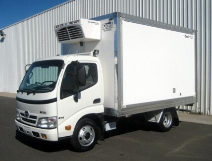 2010 HINO 300 CAR LICENCE FREEZER VAN Campbellfield Hume Area Preview