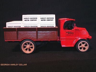 Harley 1926 Mack Bull Dog Crate Bank 99201-90V NIB