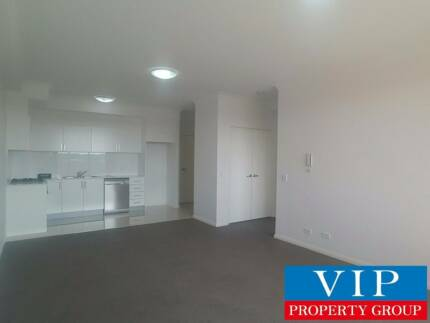 1 Bedroom Modern Apartment situated in the great location