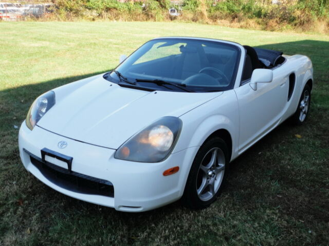 Image 1 of Toyota: MR2 Spyder CONVERTIBLE…