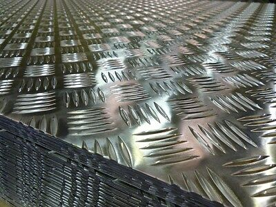 ALUMINIUM 5 BAR CHEQUER/TREAD PLATE 2mm THICK - 800mm x 800mm