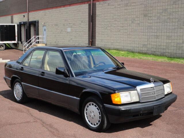 Image 1 of Mercedes-Benz: 190-Series…