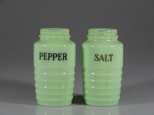 Vintage Deco Jeannette Glass Ribbed Jadite Salt & Pepper Shaker Set c.1930