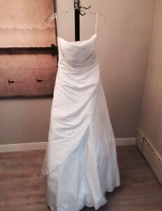 Beautiful Le Gala wedding dress strapless size 5/6