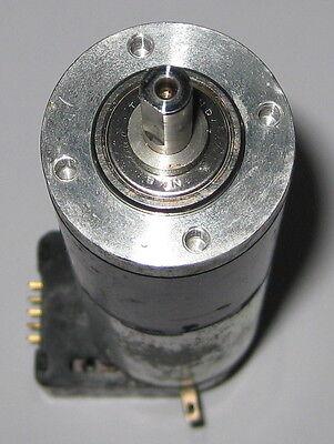 Large Maxon Motor W Gearhead Heds Encoder - 32mm D X 124mm L - 25 Rpm - 6 Vdc
