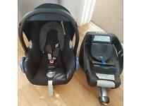 Maxi Cosi Baby Seat & IsoFix Base