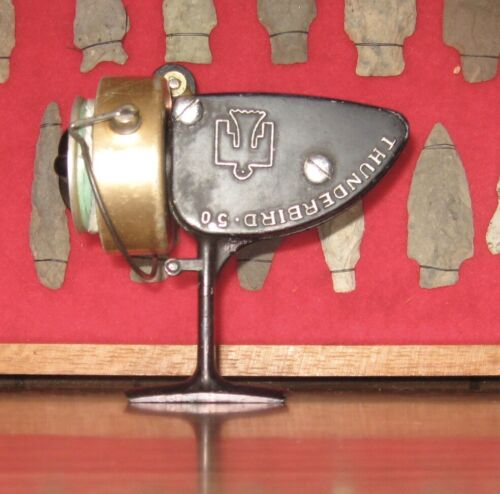 VINTAGE THUNDERBIRD 50 CASTING FISHING REEL USED WORKING CONDITION HARD TO FIND