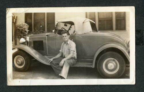 Vintage Photo Man w/ 1932 Ford Hot Rod Custom Car 423026