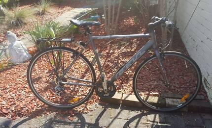 Cell SS100 Hybrid Bike