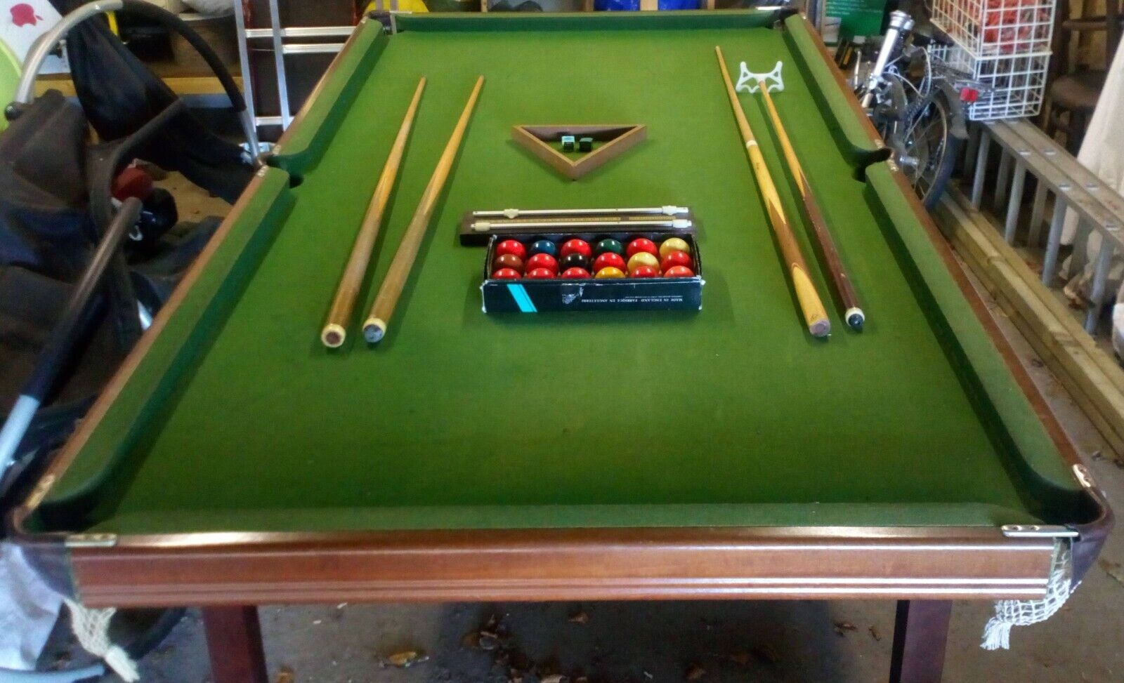 Used, foldable 3.5ft by 7ft Arundel Pool/Snooker table