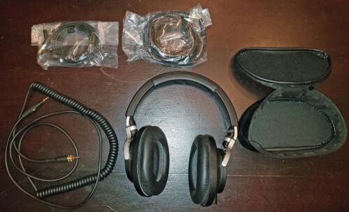 Audio-Technica ATH-M70x Headphones - Black/Silver - READ