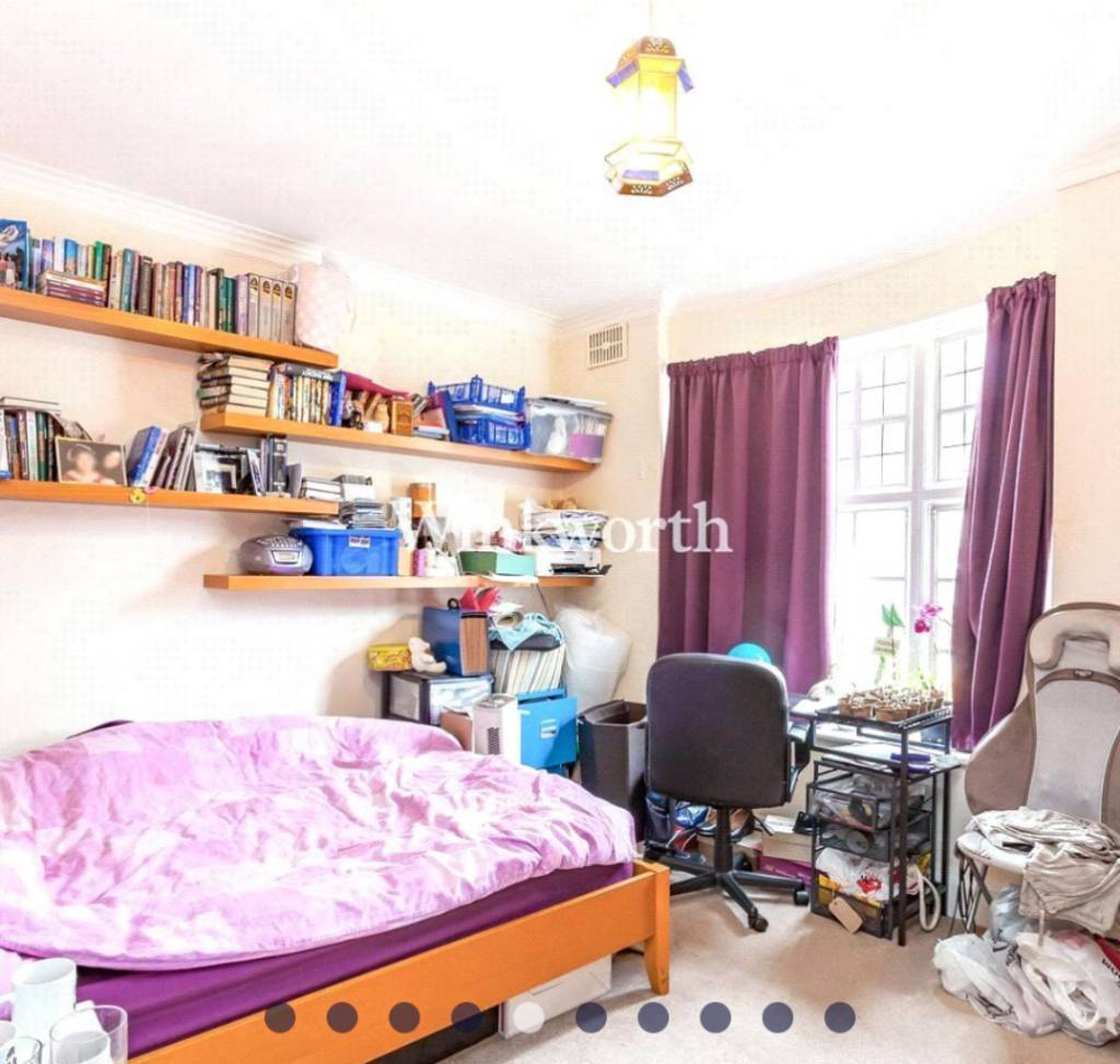 Large double room in 3 bed flat by Golders Green