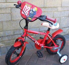 Childs bicycle with new stabilisers.