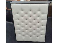 Reception Desk in Black Matt and White Padded Front-960mm/Ref: 0709