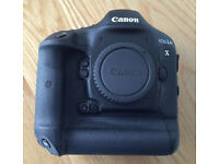 Canon 1DX Camera Body with low shutter count