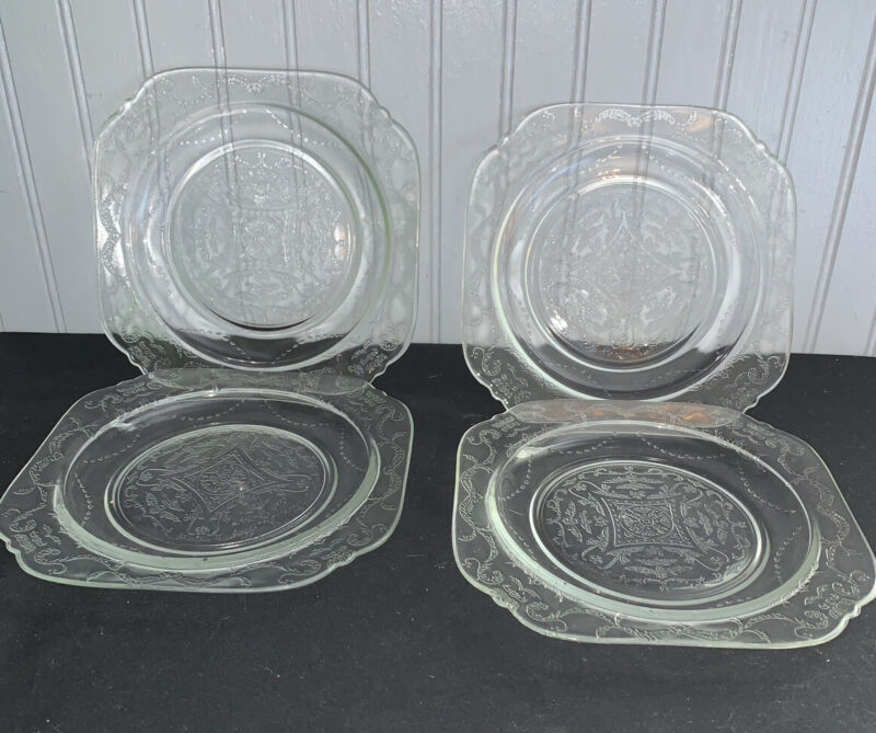 "Set of 4 Vtg Federal Glass Recollection  Madrid Clear 7 1/2"" Salad Plates Mint"