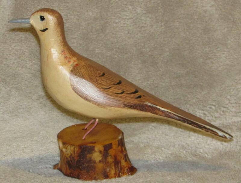 Morning    DOVE   bird hand carved & painted JIM SLACK Pekin IL decoy carver
