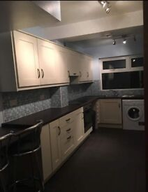 Double room available in house share with 2 professional females Dunluce av. lisburn road Belfast