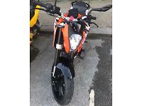 KTM DUKE 125cc ABS 2016 -2200 miles-