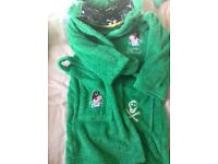 Dressing gown aged 6-7yrs