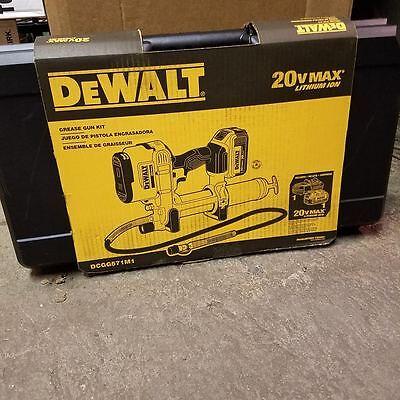 NEW DEWALT DCGG571M1 20V MAX CORDLESS GREASE GUN KIT WITH CASE SALE NEW SALE