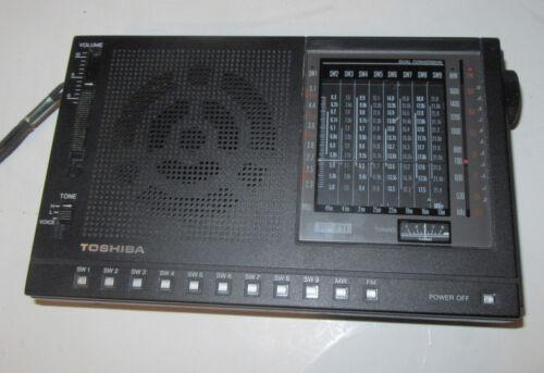 Toshiba RP-F11 11 band portable short wave radio