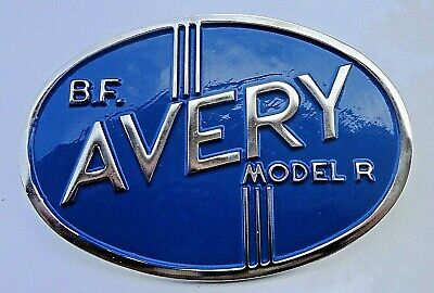 B. .f Avery Tractor Grill Medallion Model R With Mounting Bolts