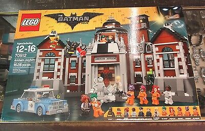 The LEGO Batman Movie Arkham Asylum Set 70912 Brand New