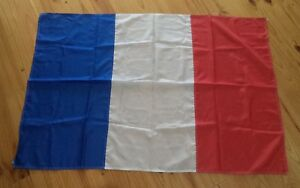 VINTAGE QUALITY ORIGINAL RARE FRENCH (FRANCE) HOISTING FLAG Kambah Tuggeranong Preview