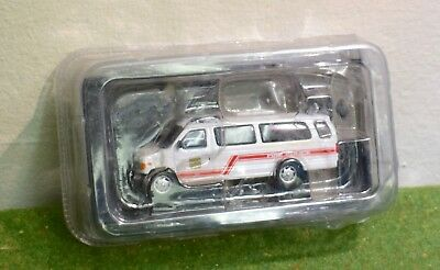 DEL PRADO FIRE ENGINES OF THE WORLD 1:57 2000 FOURGON FIRE POLICE