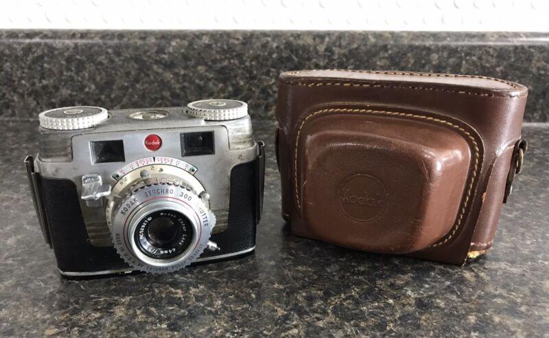 Vintage Kodak Signet 35 Film Camera Synchro 300 Shutter w/ Original Leather Case