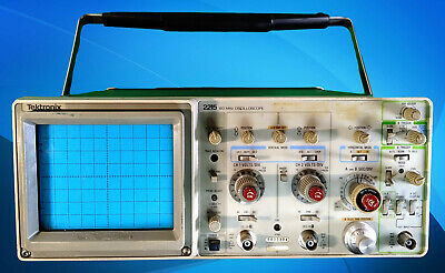 Tektronix 2215a 60 Mhz 2 Vertical Ch Dual Sweep Oscilloscope. For Partsrepair